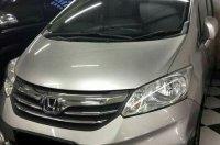Jual Honda Freed tipe terringgi E PSD warna Silver  2012
