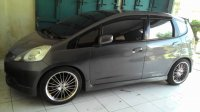 Honda: Jazz RS 2011 AT (automatic) (Jazz RS AT 2011 160 samping.jpg)