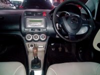 Honda: New City V-Tec Manual Tahun 2006 (in depan.jpg)
