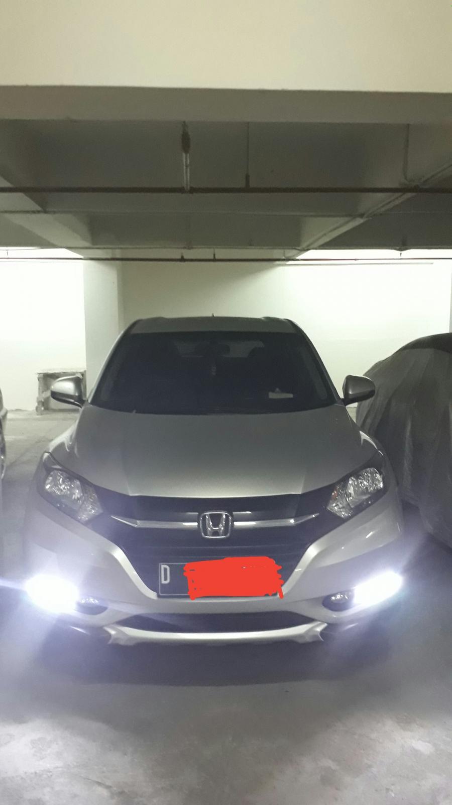 HR-V: Jual Honda HRV tipe E CVT 2015 - MobilBekas.com