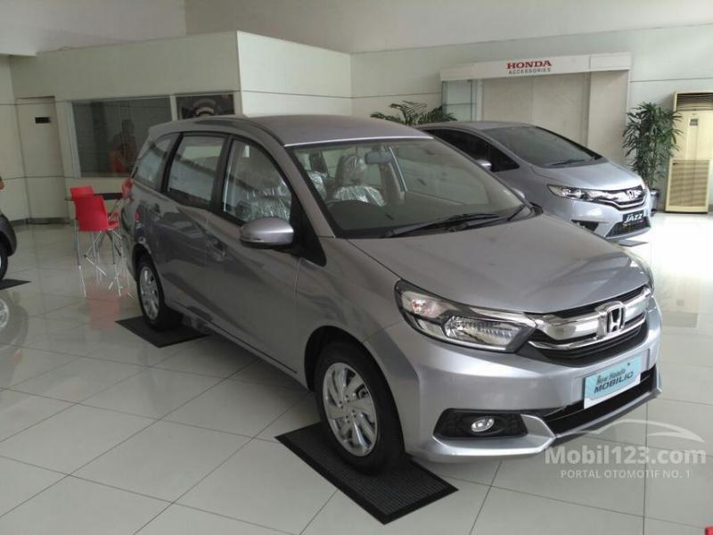 New Honda Mobilio E CVT Facelift 2017 Bogor - MobilBekas.com