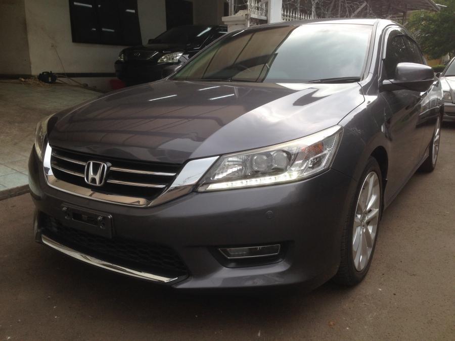 Honda accord 2013 grey for Grey honda accord