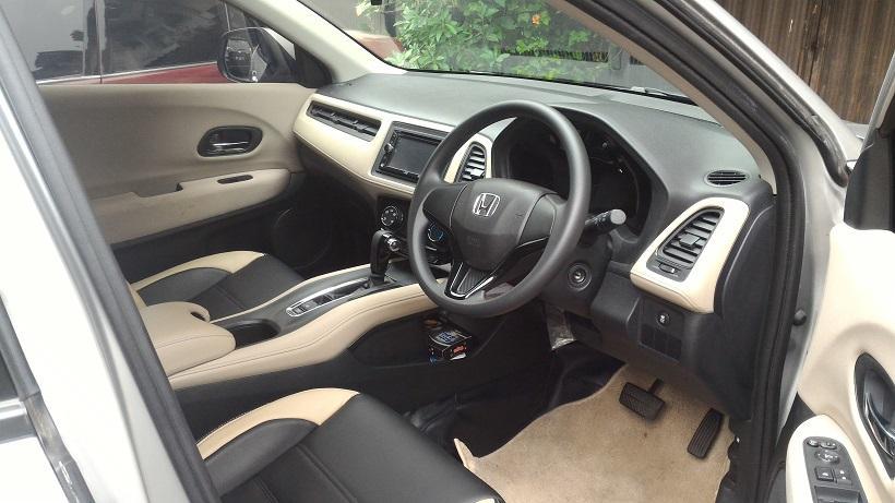HR-V: Jual Honda HRV S CVT Silver mei 2015 - MobilBekas.com