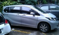 Jual Mobil Honda Freed 2010 type AT /E