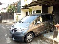 Dijual : Honda Freed Type S 1.5 AT thn. 2012 (Samping Kiri.jpg)