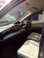Dijual : Honda Freed Type S 1.5 AT thn. 2012 (Interior Samping.jpg)
