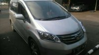 Jual Over Kredit Honda Freed PSD th 2010 Silver