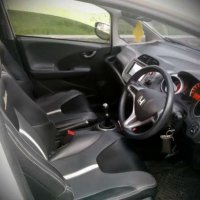 Honda Jazz RS 2011 mt pribadi,terawat luar dalam (_7_.jpg)