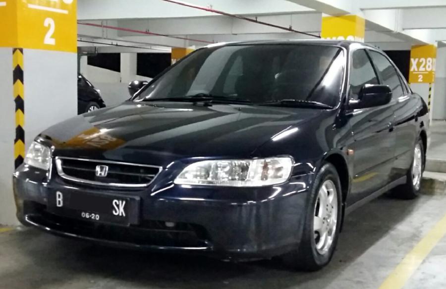 Jual Honda Accord VTIL tahun 2000, Kondisi Sangat Terawat ...