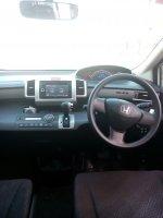Honda freed 1.5 psd matic 2014 putih km 30 rban (IMG20170617145632.jpg)