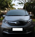 Jual Honda Freed 2012, Silver