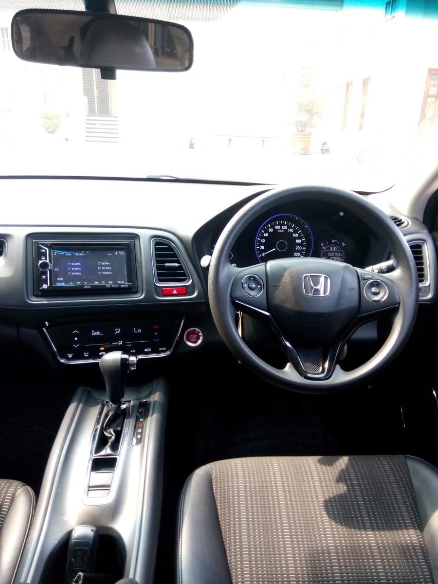 HR-V: Honda Hrv 1.5 E cvt 2015 matic hitam km 20 rban ...