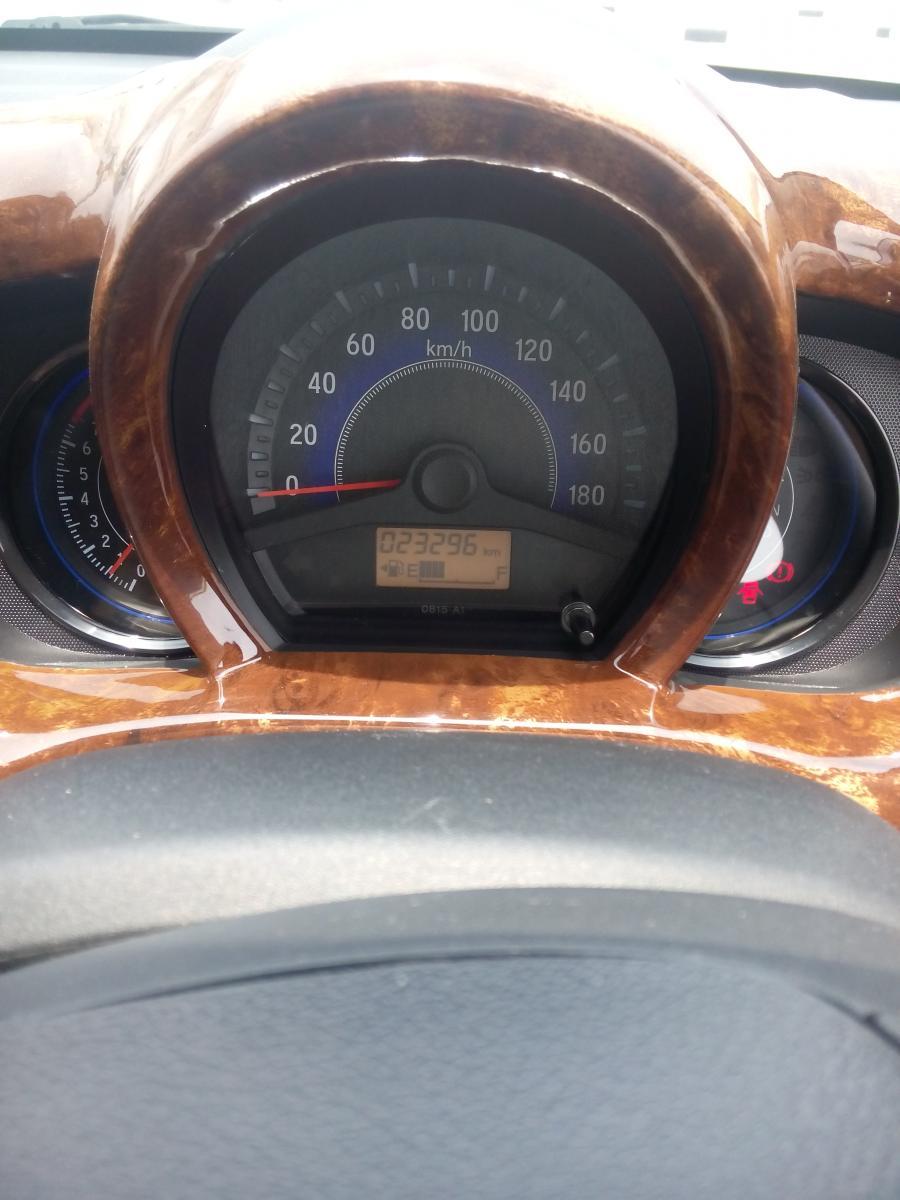 Honda mobilio 1.5 E matic 2014 putih km 20 rban ...