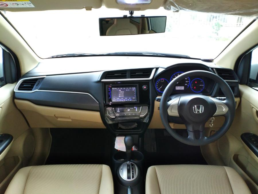 Mobilio E 2016 Matic Putih Dashboard Model Baru Istimewa ...