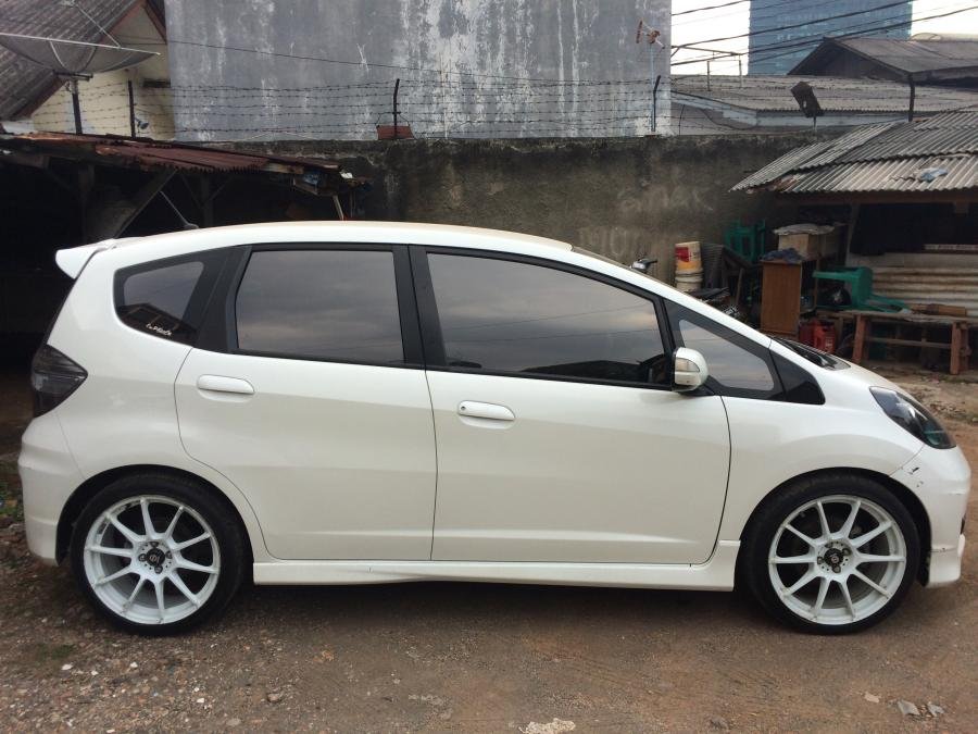 Honda Jazz Rs 2013 Matic Mobilbekas Com