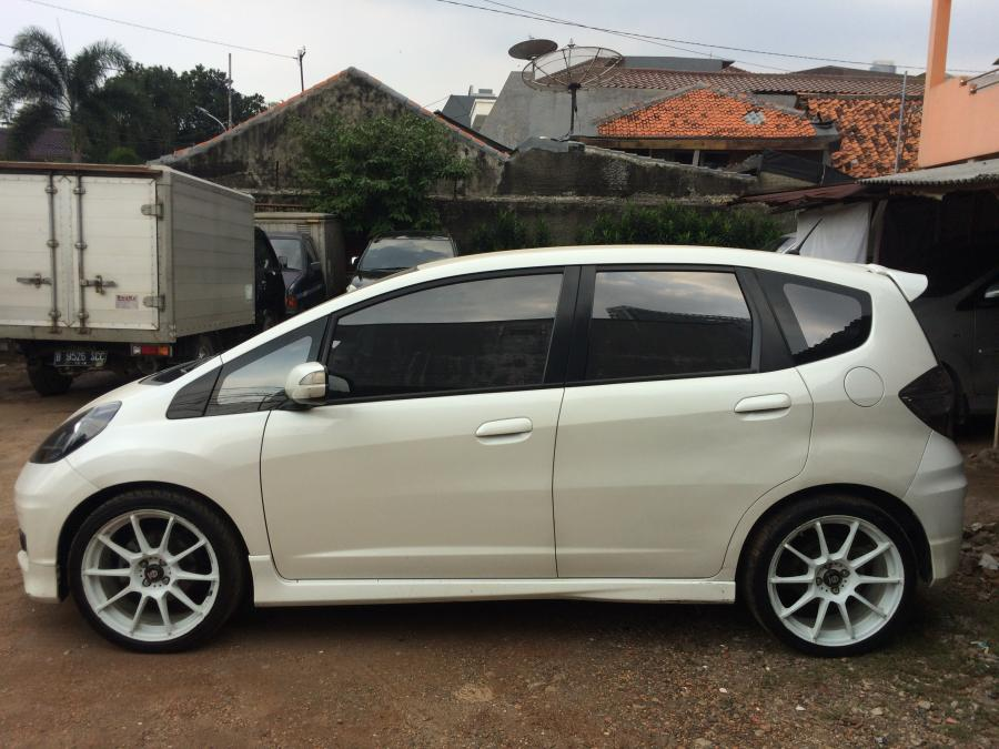 Honda Jazz rs 2013 matic - MobilBekas.com