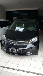Jual Honda Freed Tipe PSD 2010 Hitam | ALT11