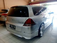 Honda: Odyssey Absolute 2.4 Tahun 2004 (belakang.jpg)