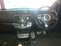 Honda: Odyssey Absolute 2.4 Tahun 2004 (in depan.jpg)