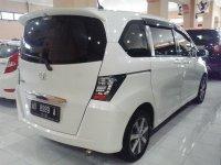 Honda: Freed PSD Tahun 2011 (belakang.jpg)