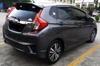 HONDA JAZZ RS AUTOMATIC 2015 SPECIAL CONDITION, KM 39 RB. (Jazz_RS_Automatic_Grey_2015_3.jpg)