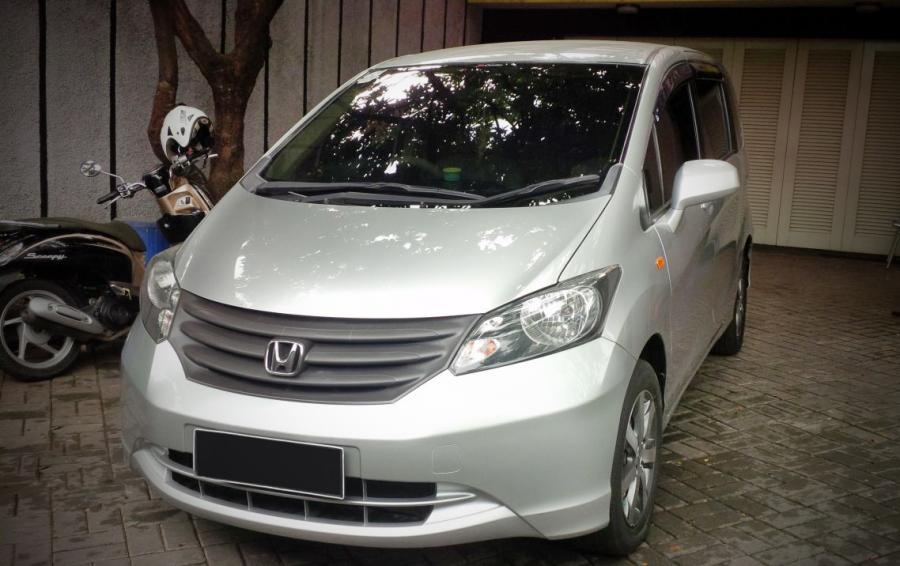 di jual honda freed 2009. Black Bedroom Furniture Sets. Home Design Ideas