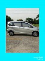 Dijual Mobil Honda Freed (PhotoGrid_1516087769221.jpg)