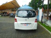 jual honda freed 2011 putih (_2_-8.jpeg)