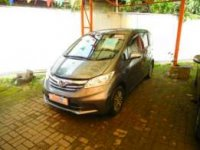 jual honda freed 2012 abu abu