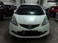 Dijual Honda Jazz RS 2010 Putih Low KM Jarag Pakai (Jazz Depan.jpg)