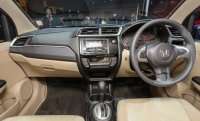 Brio Satya: Honda Brio type S, New, M/T, Kredit 3,1 jt (brio in.jpg)