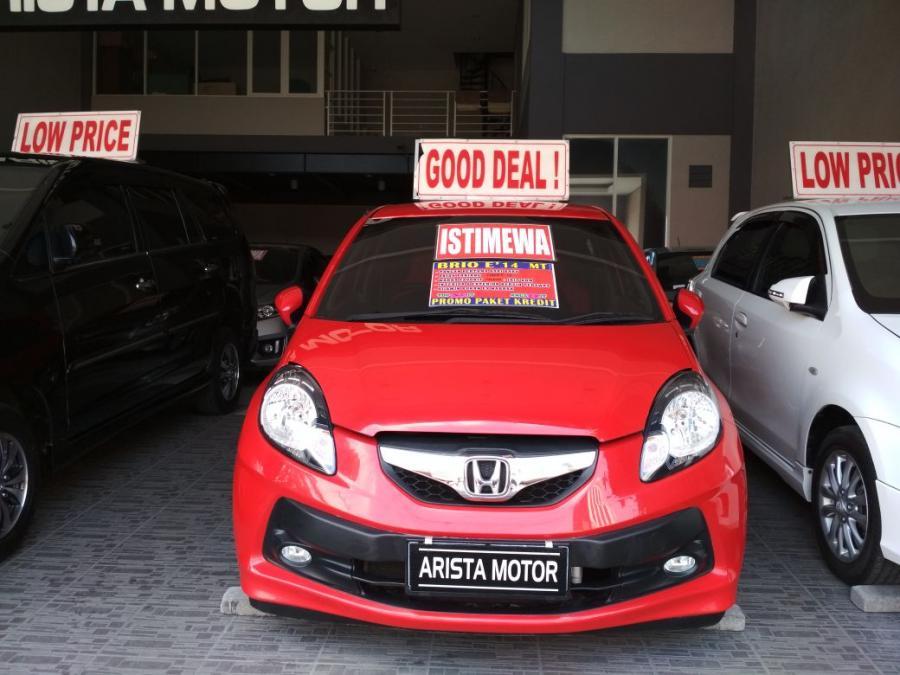 Brio satya E 2014 MT merah bagus dan terawat - MobilBekas.com