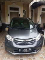 Honda Freed 1.5 SD AT (Abu - abu) (f4.jpeg)