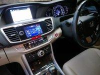 2013 Honda Accord 2.4 VTi-L Sedan (NEGO & SERIOUS ONLY!!!) (15 - All New Accord - Interior Depan 04_resize.jpg)