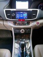 2013 Honda Accord 2.4 VTi-L Sedan (NEGO & SERIOUS ONLY!!!) (17 - All New Accord - Interior Depan 06_resize.jpg)