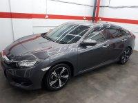 Honda Civic 1.5 Cvt E turbo AT 2016/pemakaian 2017 abu metalik (3c.jpg)