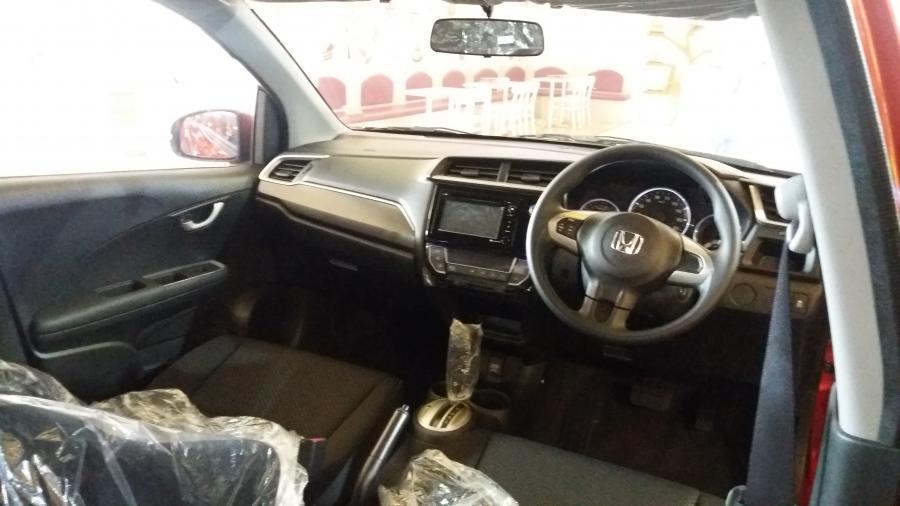 BR V Honda BRV E CVT DP Sangat Ringan