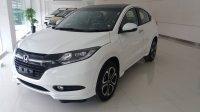 Jual HR-V: Promo Honda HRV 1.8 prestige warna putihDP Minim