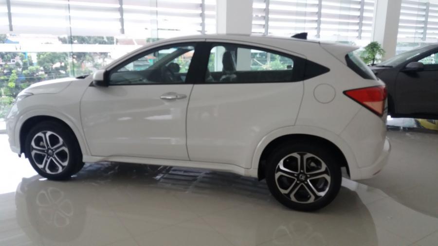 HR-V: Promo Honda HRV 1.8 prestige warna putihDP Minim ...