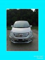 Honda: Jual Mobil Freed 2015