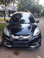 Honda Mobilio: Jual Mobil Cantik Menawan Si Hitam Manis Idaman Keluarga