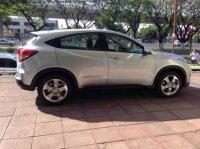 Honda HR-V: HRV 1.5 E CVT 2015 Silver KM Rendah. Jual Cepat. 1st Hand. Cash only