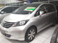Honda Freed PSD Silver Keren (Freed 2011 .jpg)