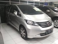 Honda Freed PSD Silver Keren (Freed 2011 4.jpg)