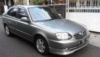 "Hyundai: Avega GX  ""sedan"" lift back sederhana bandel mudah/murah perawatan (Tampak samping dpn.jpg)"