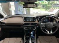 Hyundai Grand Santa Fee 2020 spesial price (201200-hyundai-grand-santa-fe-2020-dp-minim-84b0f92b-0fb2-4917-a4f6-0e7b4014e617.jpeg)