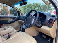 H-1: Hyundai H1 Royale Bensin Putih 2014 (WhatsApp Image 2020-07-29 at 11.00.42 (2).jpeg)
