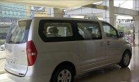 Hyundai H-1 Elegance 12 kursi (2547343_cd5128120594018655015_v1sm_1.jpg)