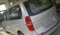 Hyundai H-1 Elegance 12 kursi (2547343_cd4791306951347941453_v1sm_1.jpg)