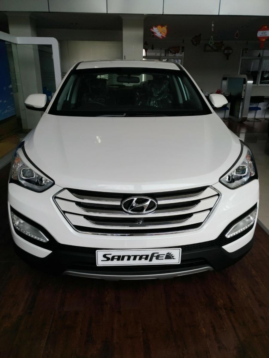 Hyundai Santa Fe Sport 2400cc - MobilBekas.com